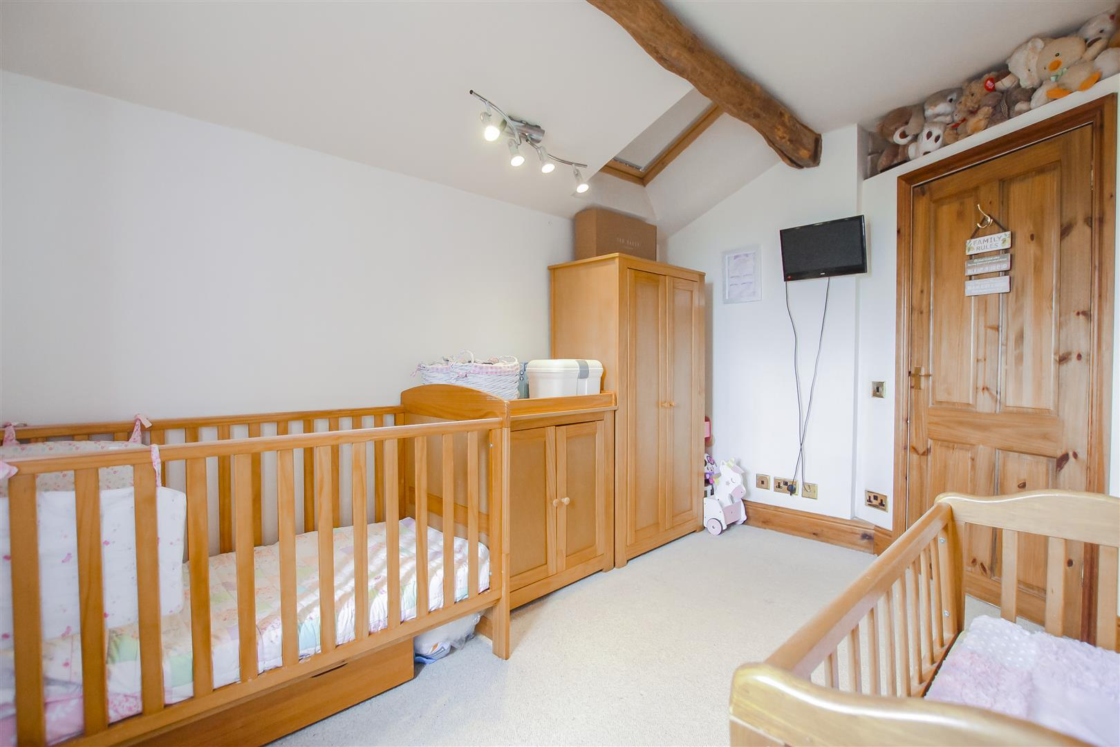 4 Bedroom Semi-detached House For Sale - Image 21